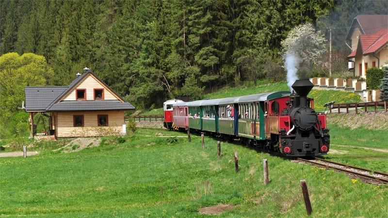 ciernohronska_zeleznica_1375990960_vlak_8